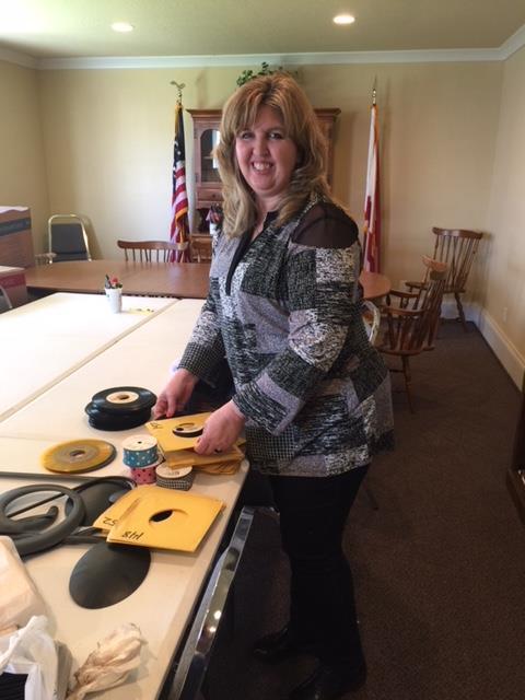 Angie-Johnson---Banquet-crafts.JPG