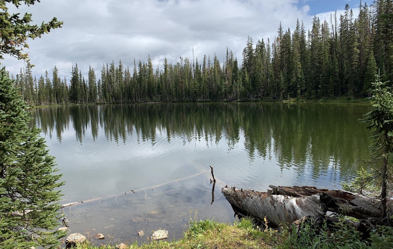 Lake-Evelyn-Trailhead-Near-Kremmling.-CO---Grand-County.png