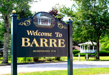 Barre Commons Welcome Sign