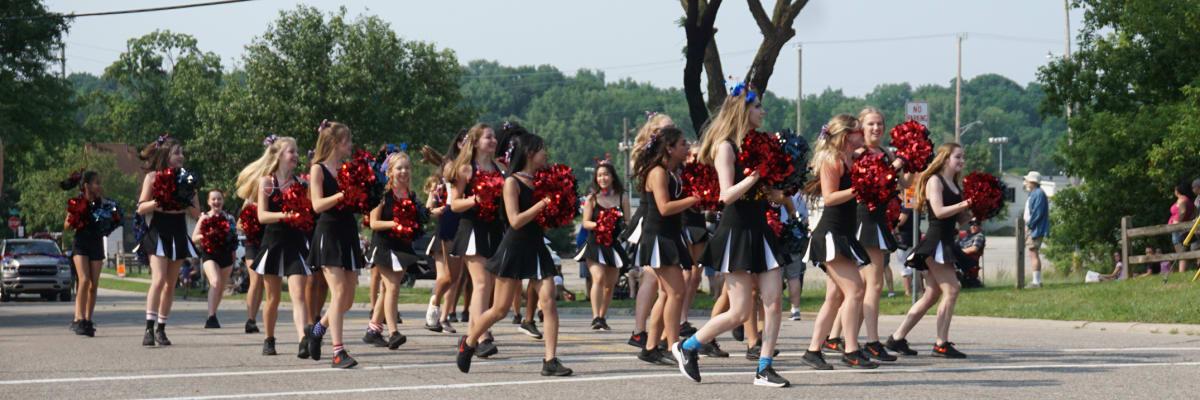 Cheerleaders-w1200.jpg
