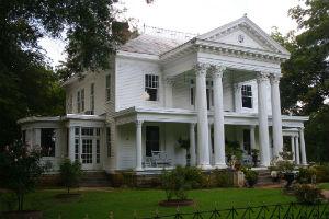 courtland-historic-homes-2.jpg