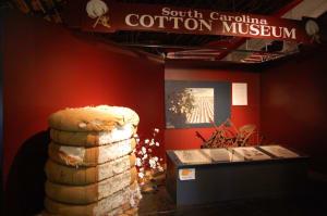 cottonmuseum-w300.jpg