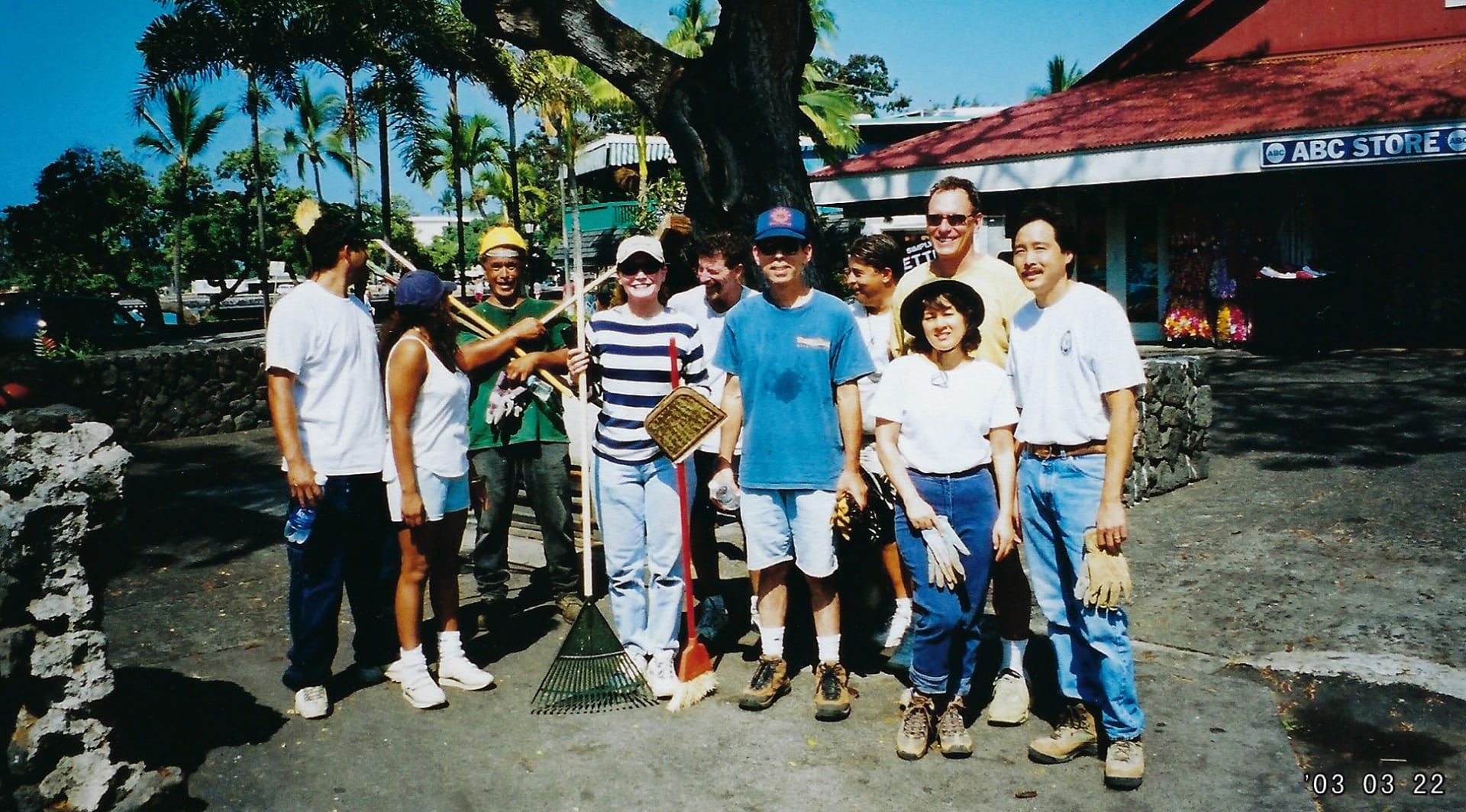 Kailua-Clean-Up-2000s-B-w1920.jpg
