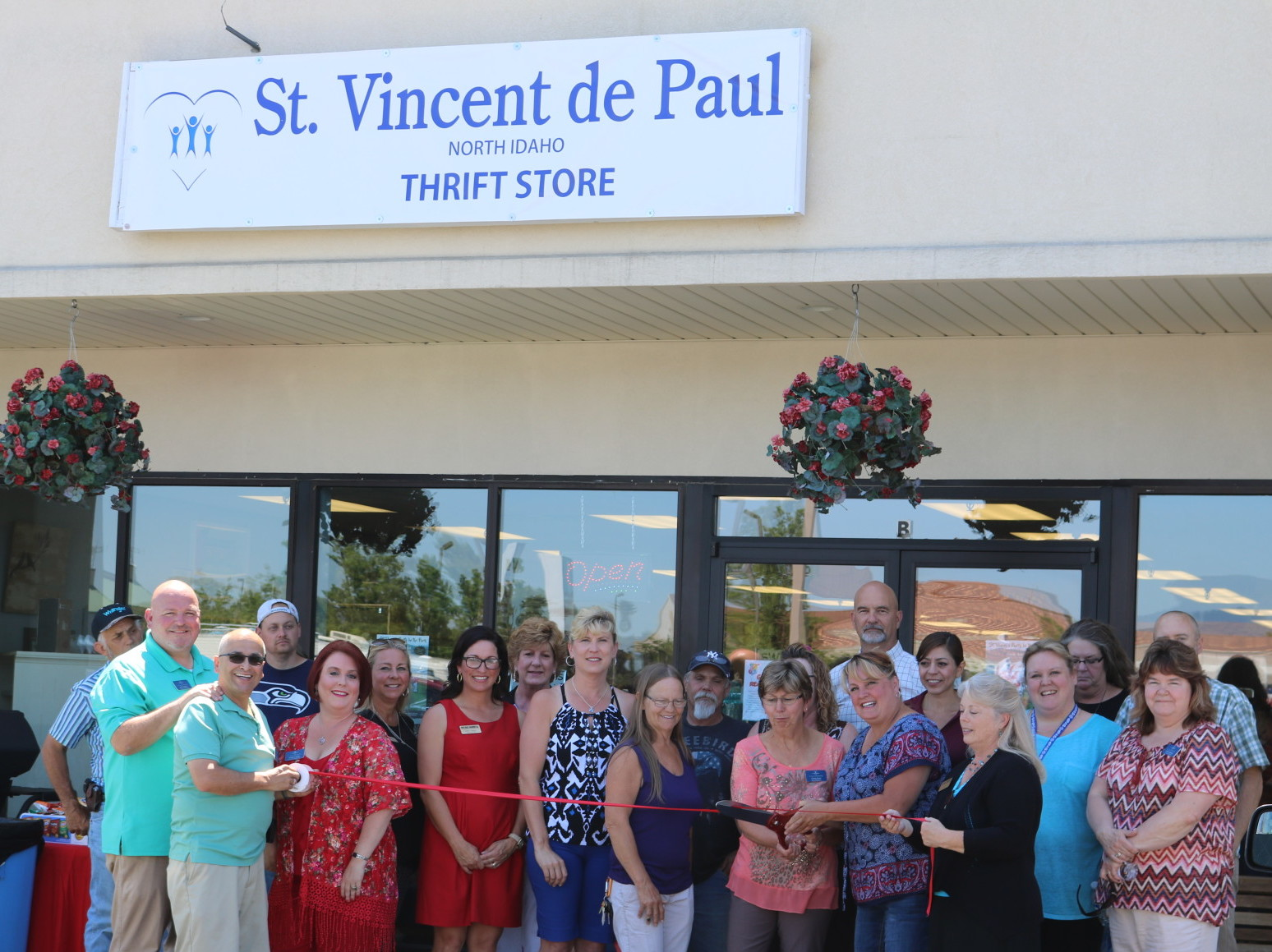 St-Vincent-de-Paul-new-store-Ribbon-Cutting-w1920-w1548.jpg