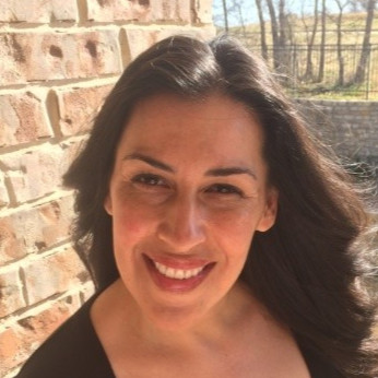 Lisa-Headshot.jpg