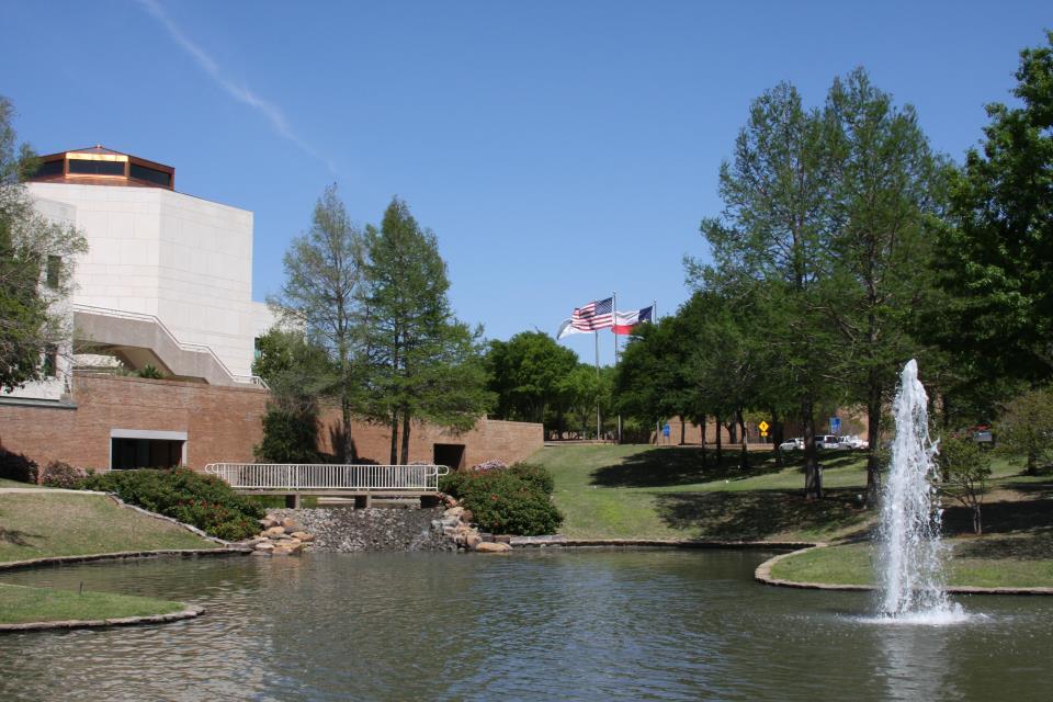 Carrollton, Texas. Source: https://www.cityofcarrollton.com/Home/ShowPublishedImage/15828/636620798392170000