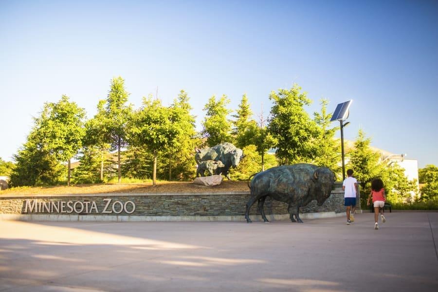 MN-Zoo-Entrance.jpg