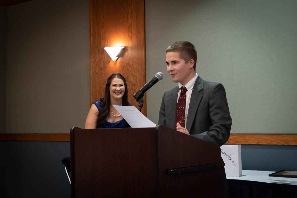 Burlington-Chamber-Awards-Banquet-00037-(1).jpg