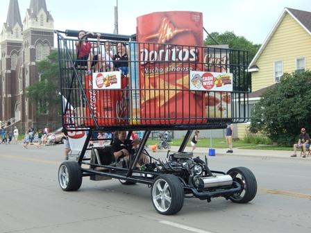 cashwise-cart-parade.jpg