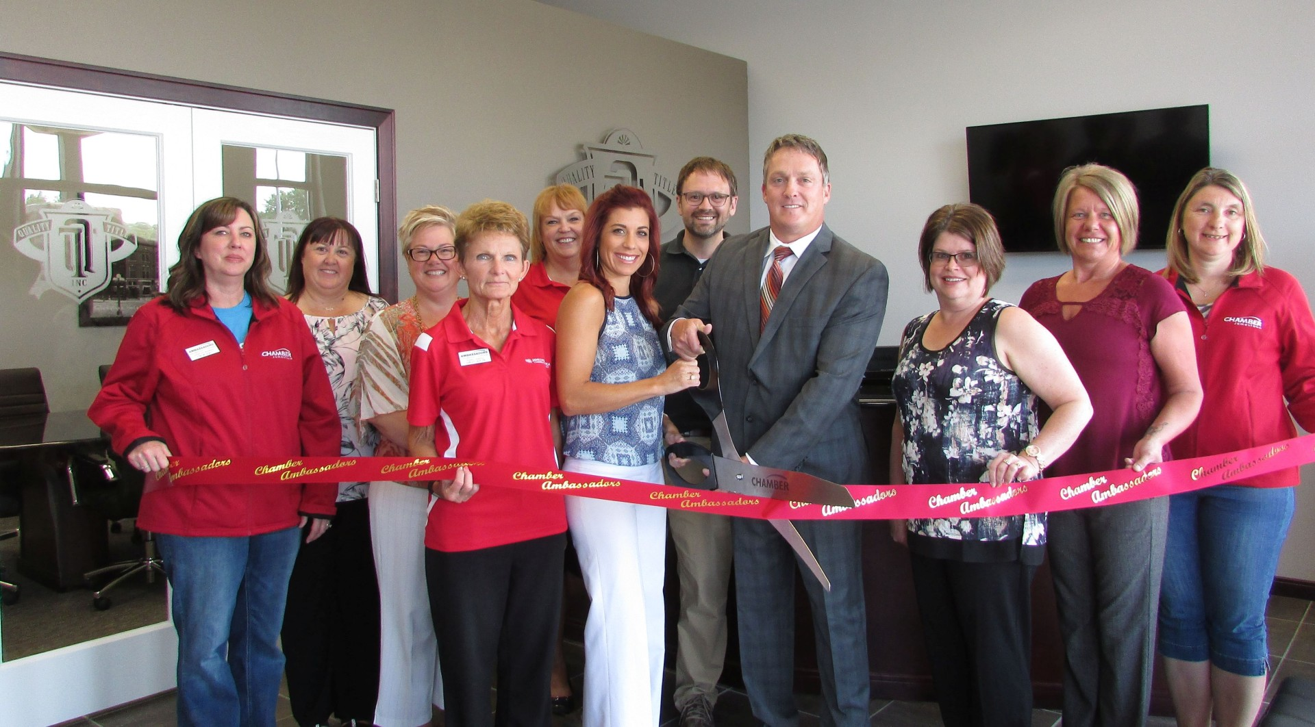 Group-picture-of-ribbon-cutting-6-17(3)-w1920.jpg
