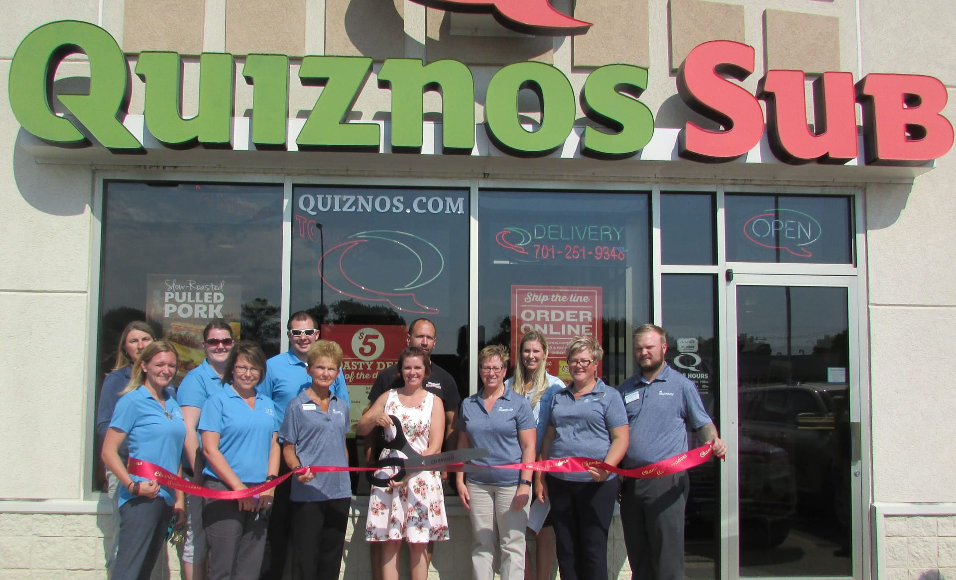 Quiznos-group-picture(1)-w1920.jpg