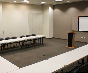 Sherman Oaks Galleria meeting space, sherman oaks meeting space, rent a meeting space in sherman oaks, studio city, encino