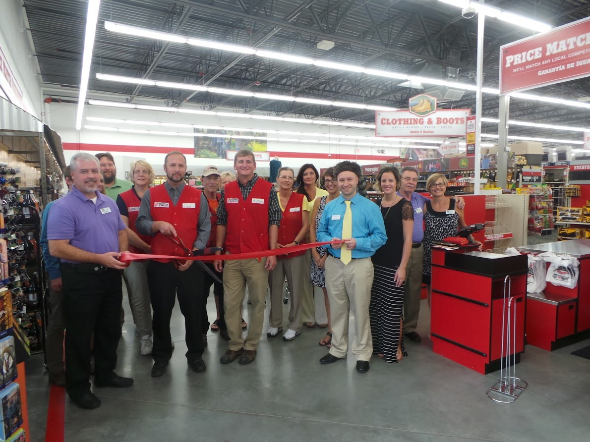 Tractor_Supply_Ribbon_Cutting.JPG