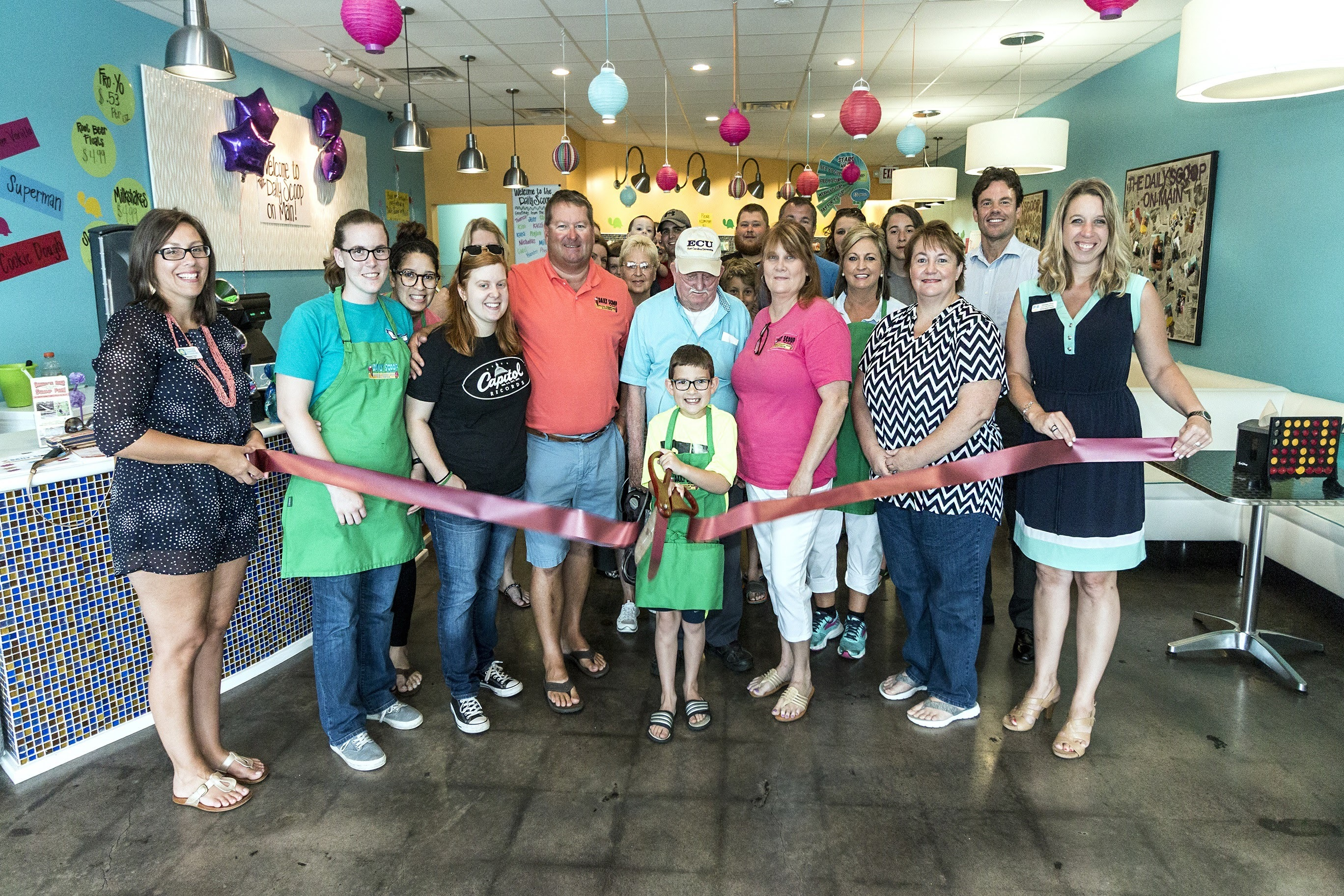 the-daily-scoop-on-main-ribbon-cutting.jpg