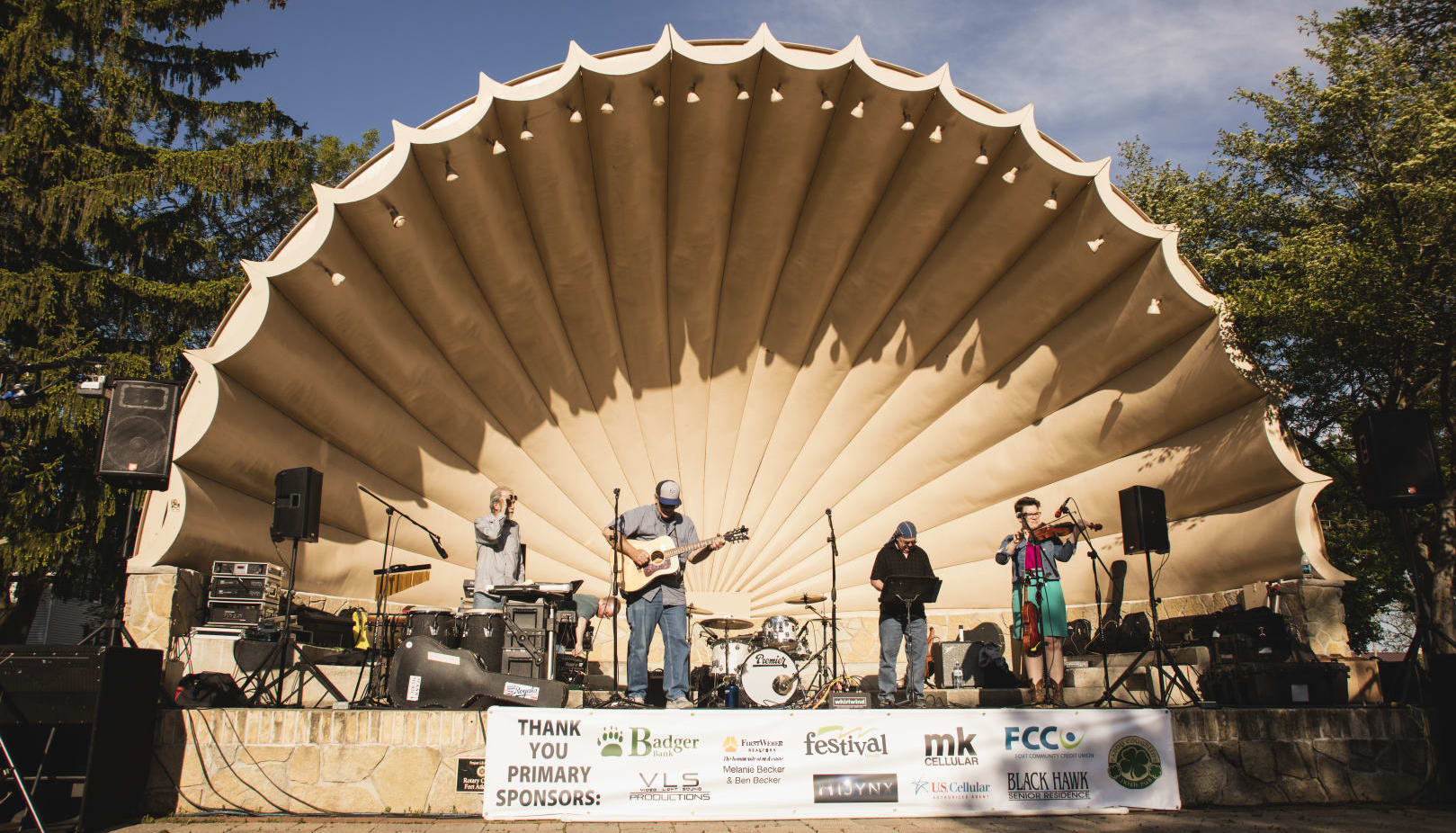 Summer charity concerts in Barrie Park