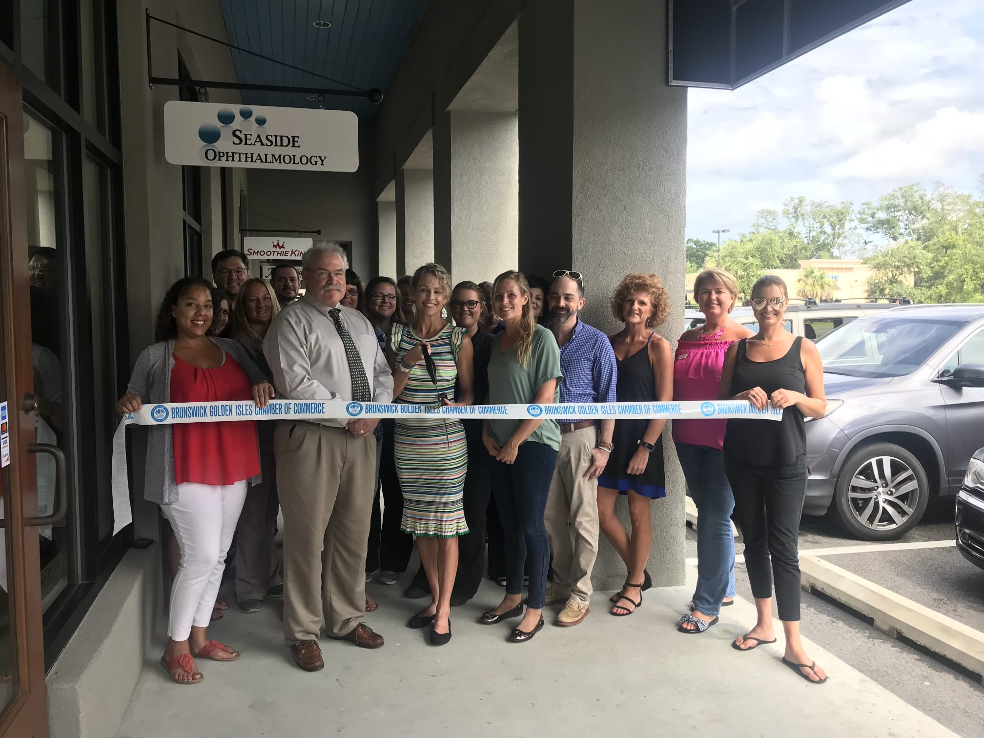 seaside-ophthalmology-ribbon-cutting-06-2018-w2016.jpg