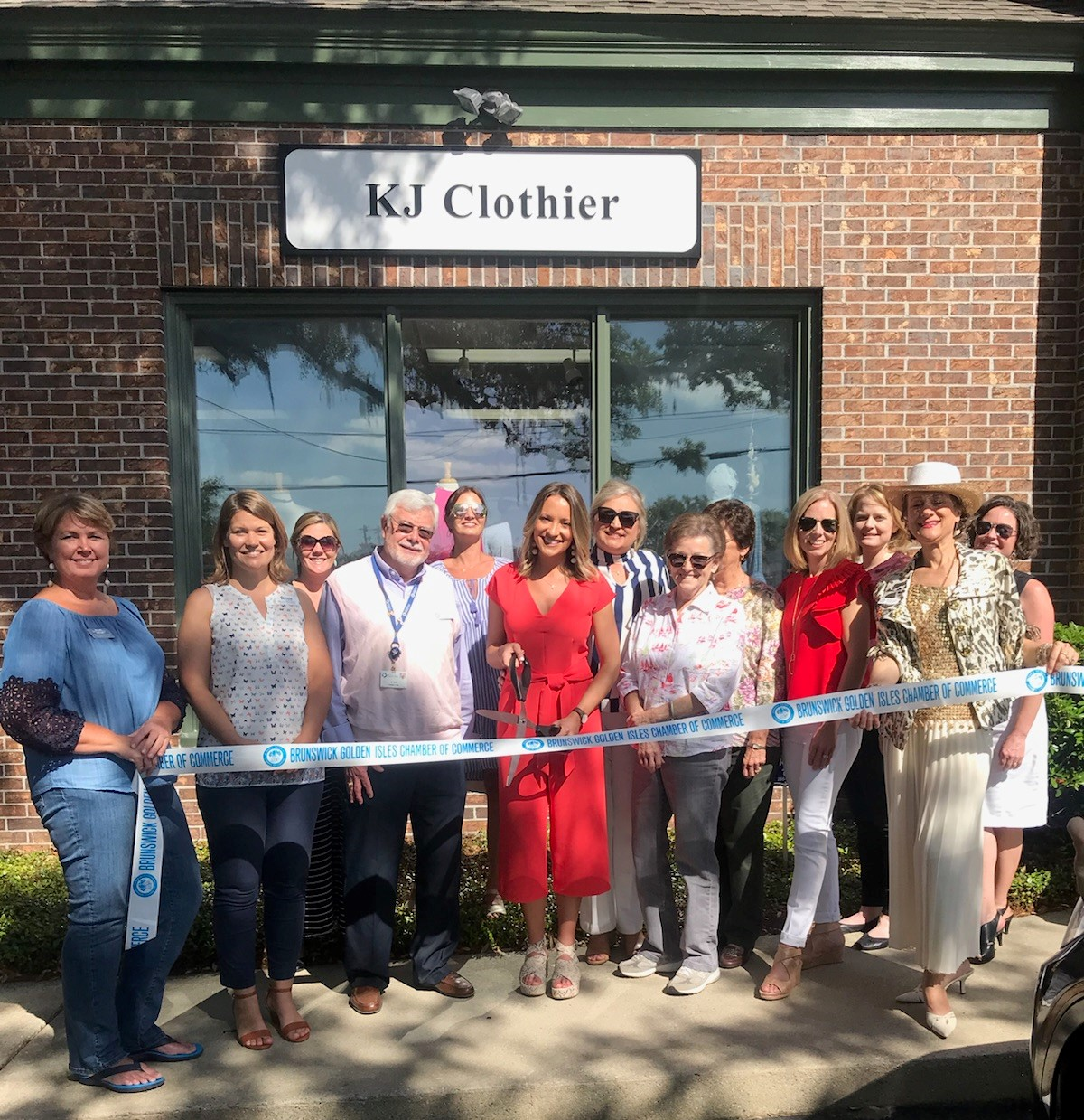 kj-clothier-ribbon-cutting-05-2018.jpg