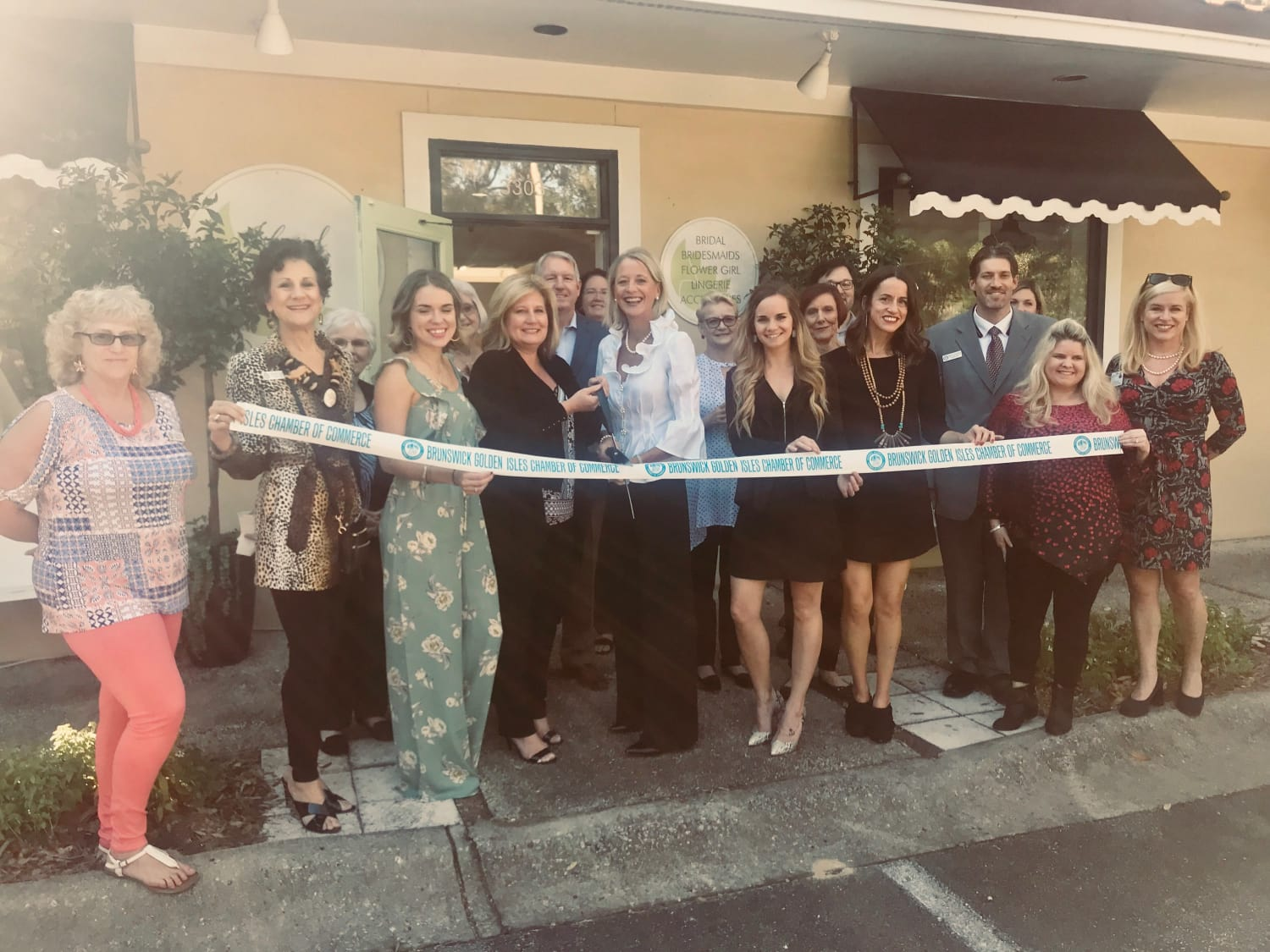 island-bridal-ribbon-cutting-11-2-17-w1500.jpg