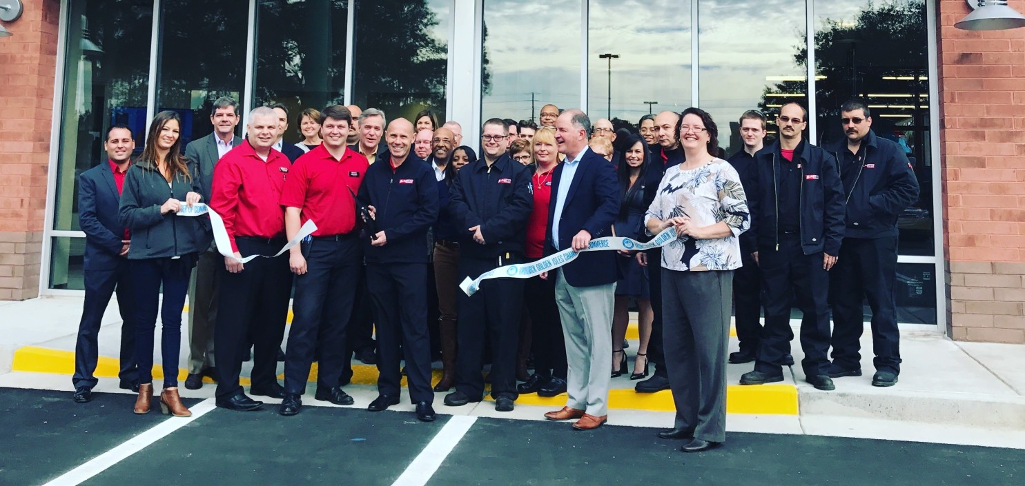 kauffman-tire-ribbon-cutting-01-17.JPG-cropped-w1485.jpg