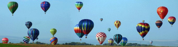 Wide Shot Balloons