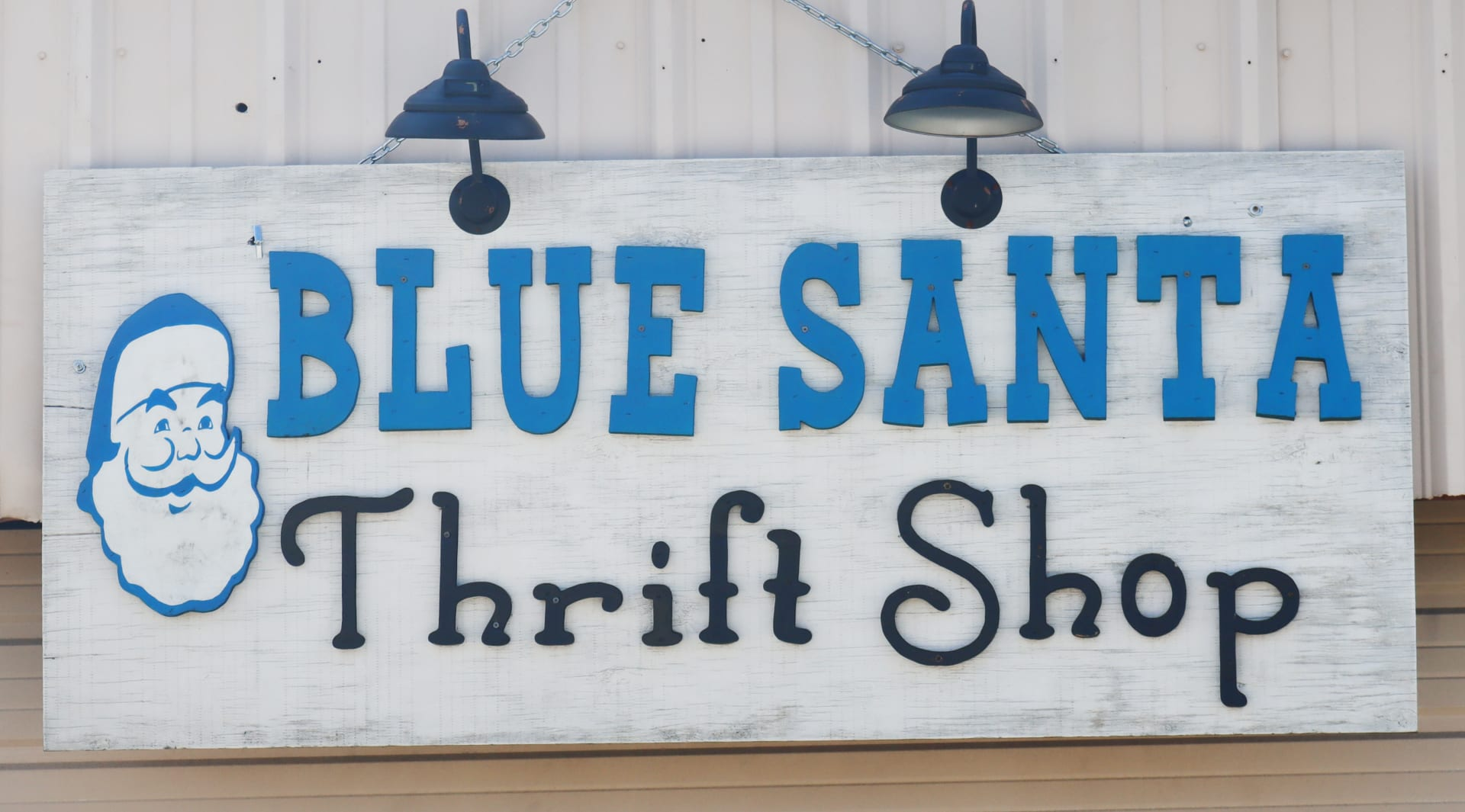 Blue-Santa-Sign-w1920.jpg