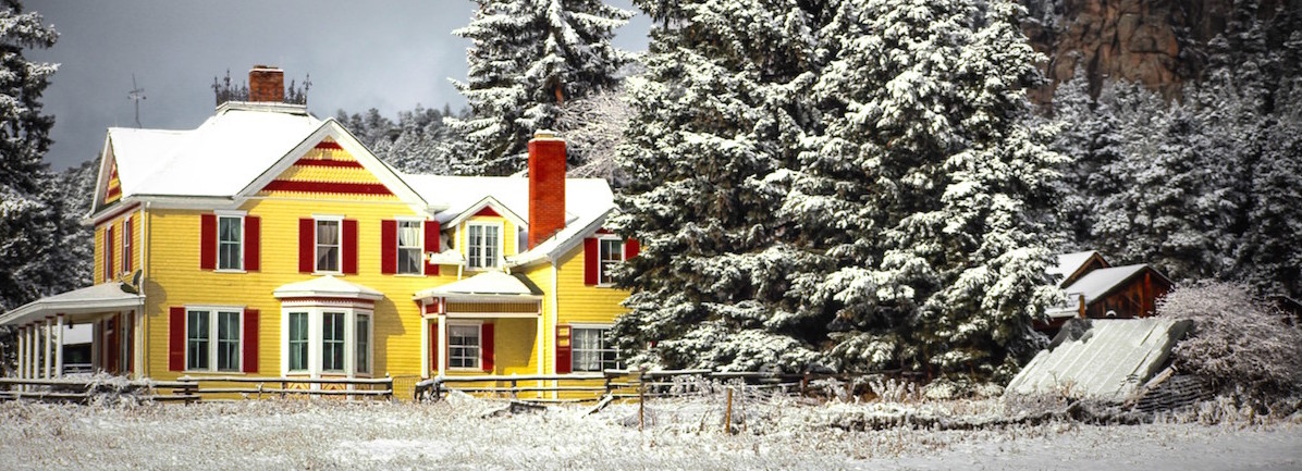Meyer-Ranch-Yellow-Barn_BobbyJo.jpg