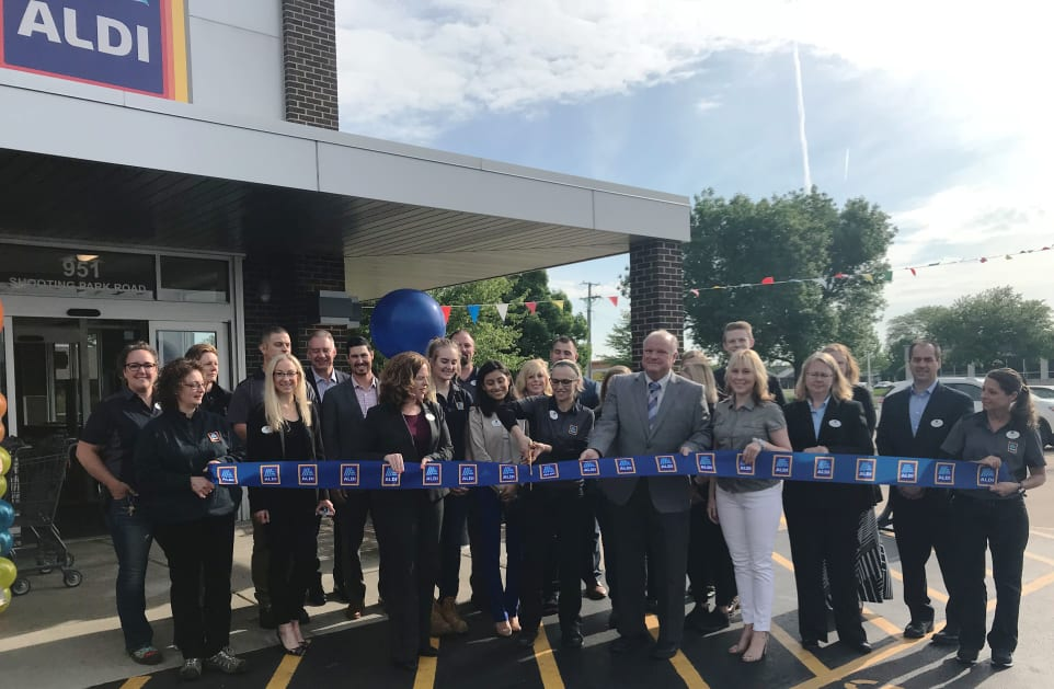 ribbon-Cutting_Aldi(2).jpg