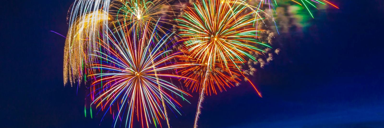 Fourth-of-July-Fireworks_Slider-pic.jpg