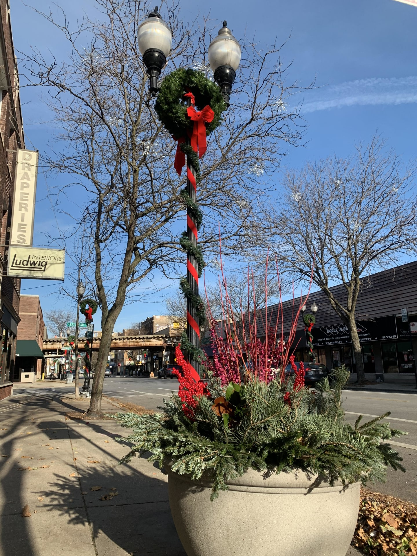 Lincoln Square Holiday Decorations