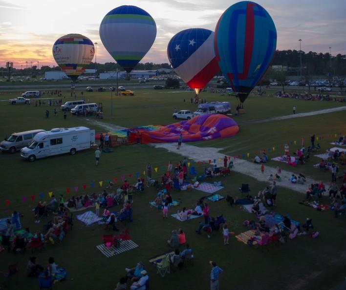 Balloons_2-w708.jpg