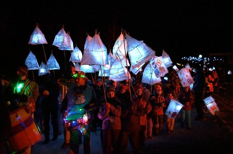 lanterns_multi2_web.jpg