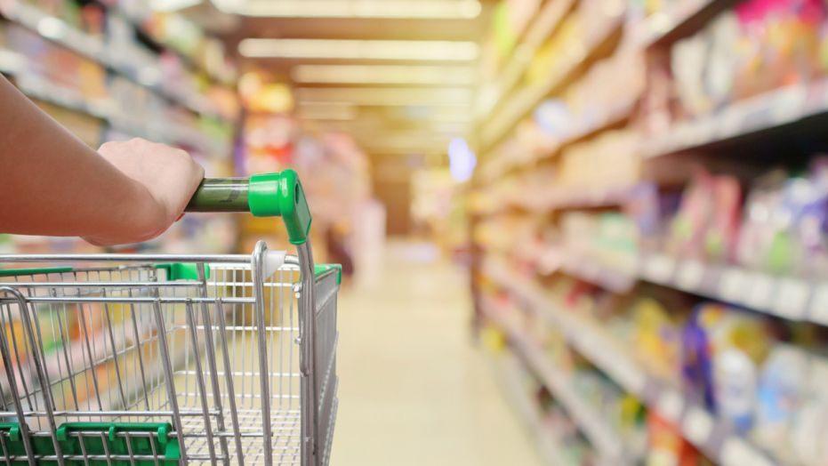 GroceryShoppingIstock.jpg
