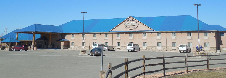 Blue-Mountain-Inn-and-Suites.jpg