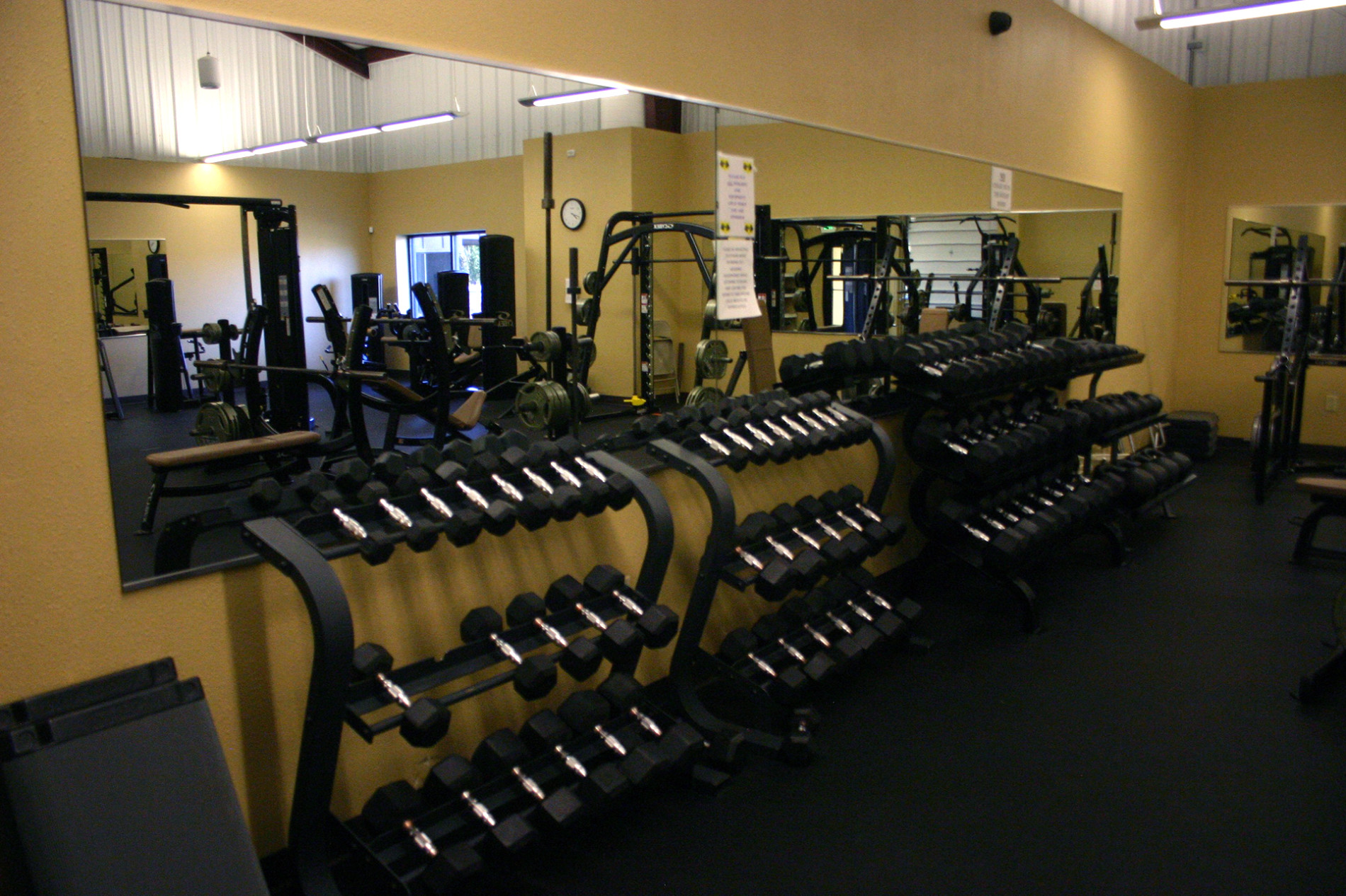 Rec-Weight-Room.jpg
