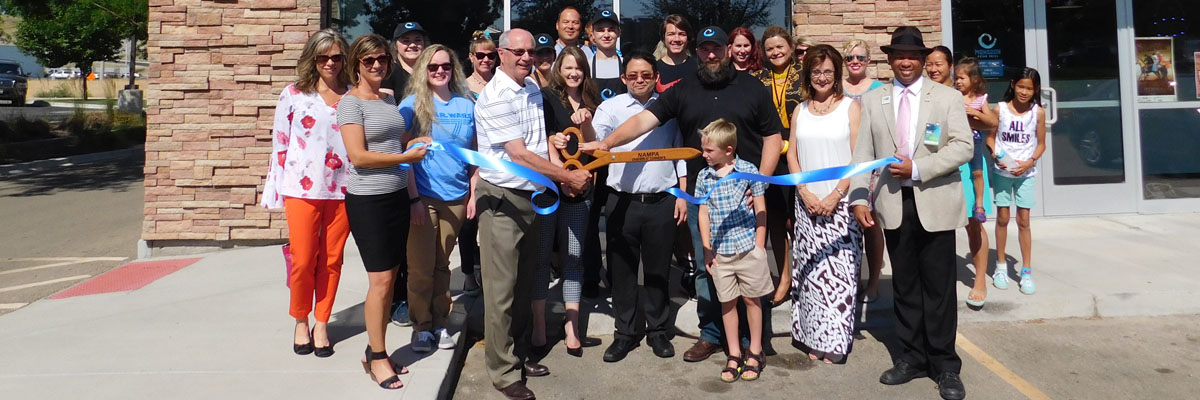 Ribbon-Cutting-Monsson-Grill-1200px.jpg