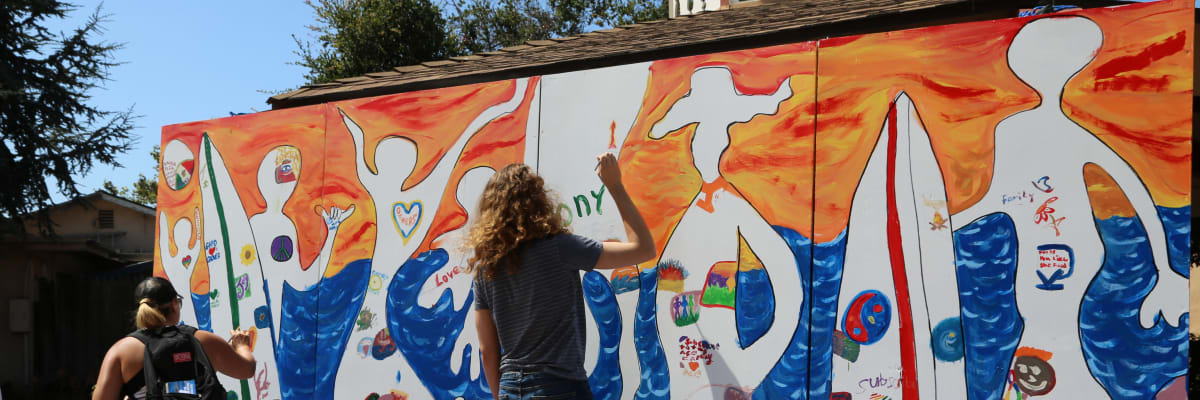 mobile-mural-w1200.jpg