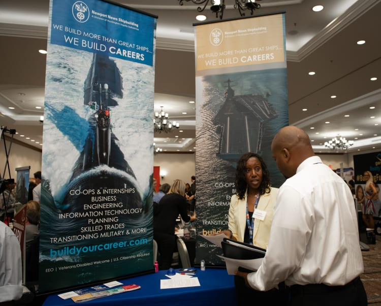 2019-0718-Military-Business-Job-Fair-(2)-w750.jpg