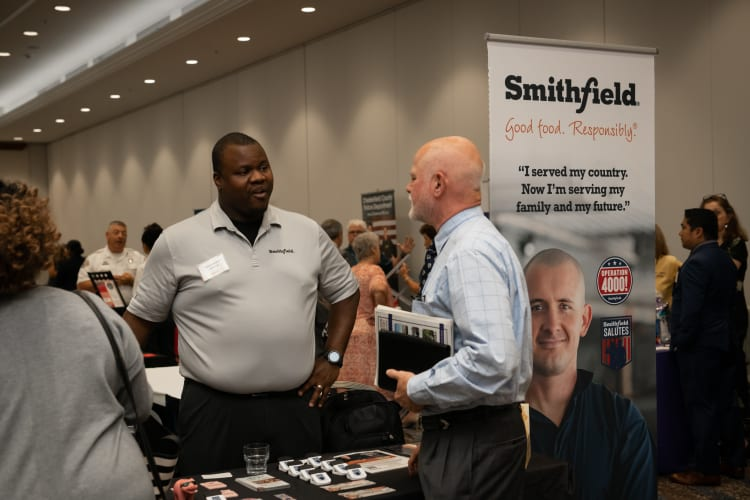 2019-0718-Military-Business-Job-Fair-(3)-w750.jpg