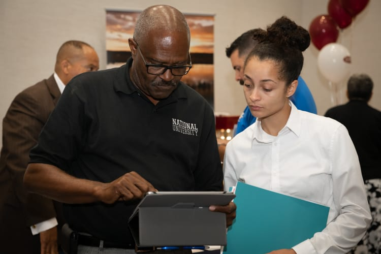 2019-0718-Military-Business-Job-Fair-(9)-w750.jpg