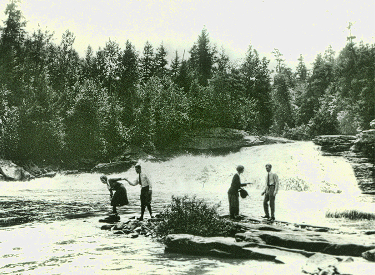 Henry Ford, Harvey Firestone & Wives at Swallow Falls