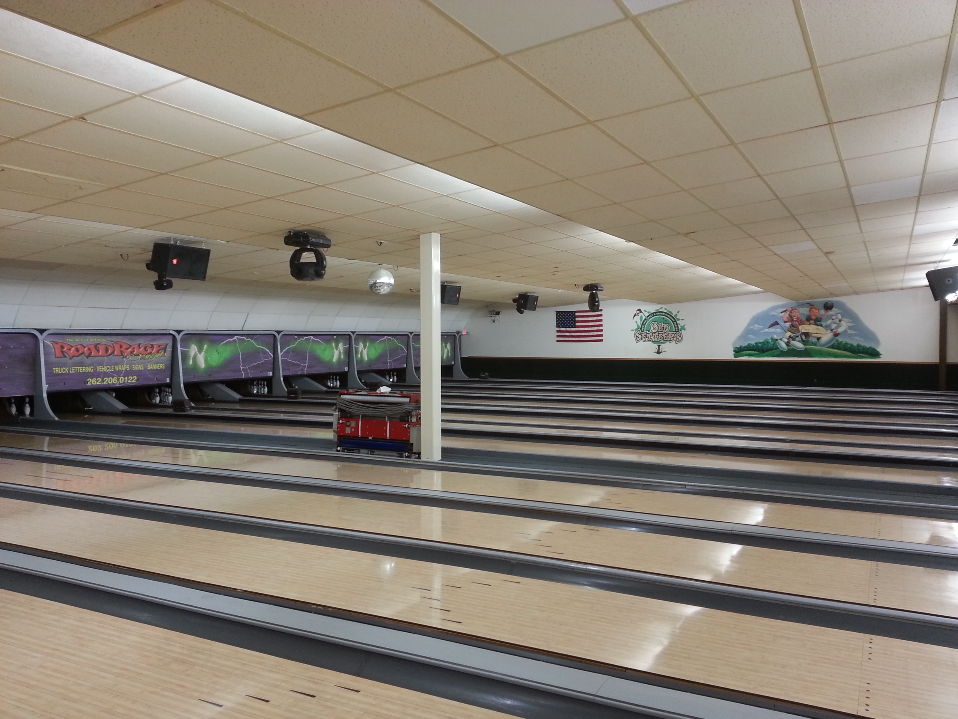 CJM_bowlingalley