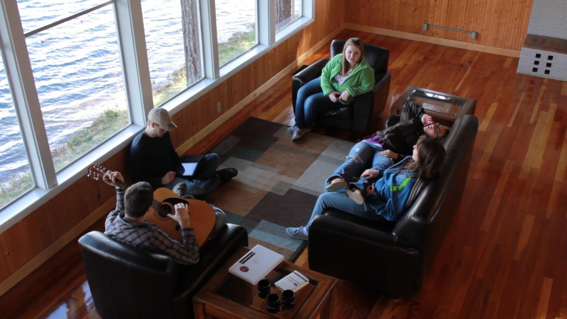 student_lounge.jpg