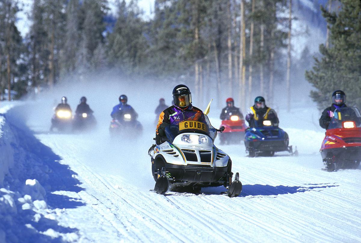 snowmobile(1).jpg
