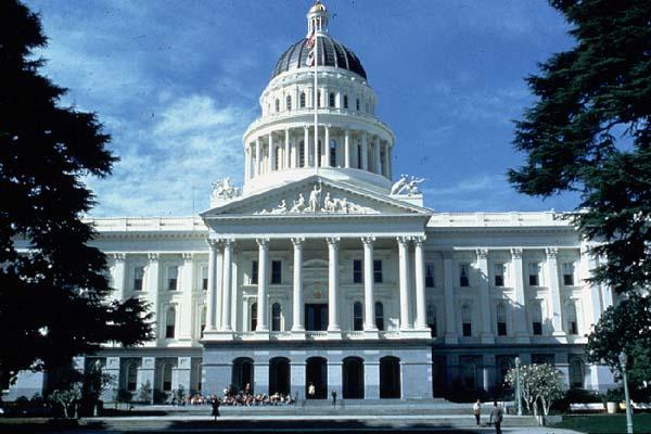 CA_State_Capitol_2.jpg