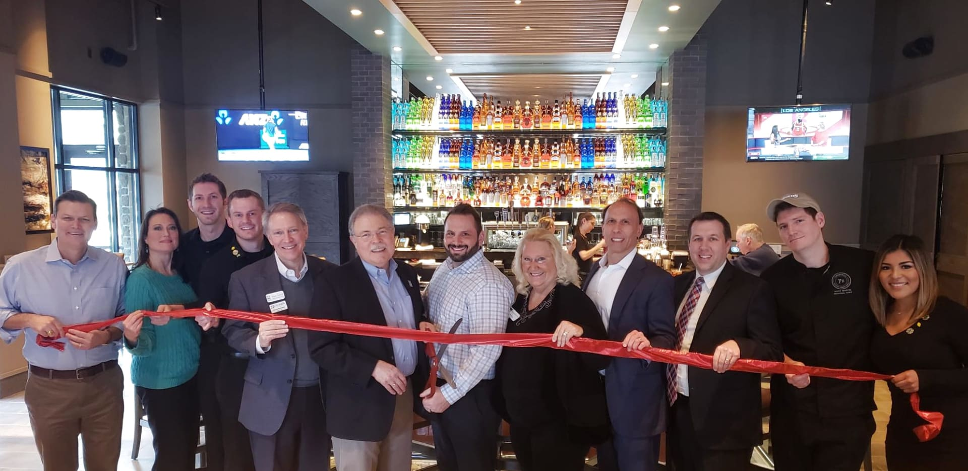 Firebirds-ribbon-cutting-20190124_120542-w1988-w1920.jpg