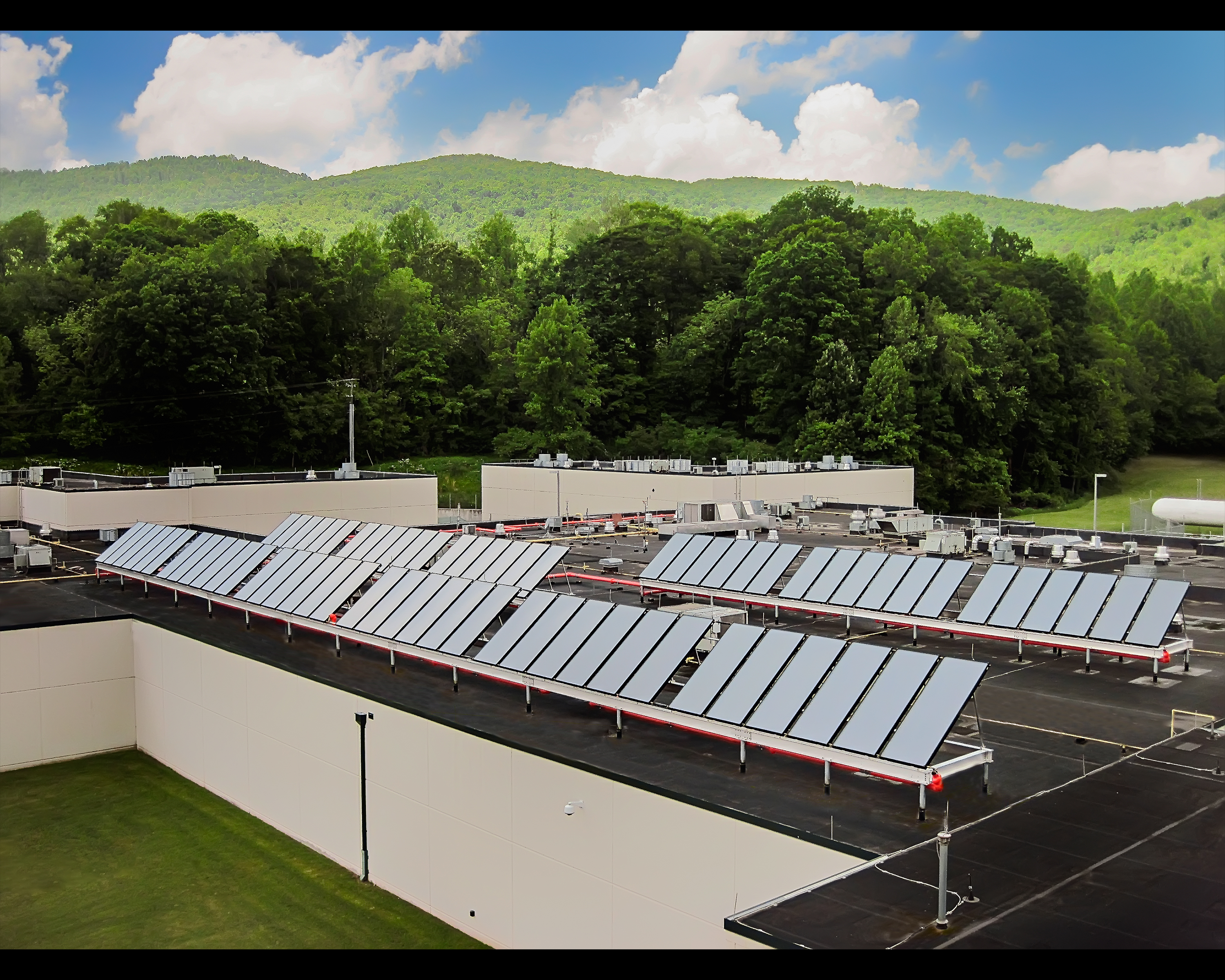Duffield_Regional_Jail_Solar_Completion_Photo_2.jpg