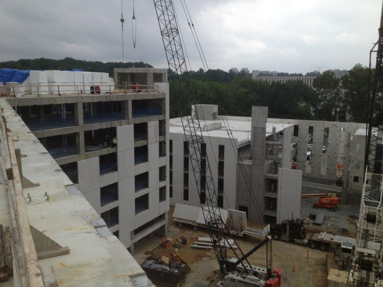 Construction_photo_-_Lodge_in_the_foreground_and_parking_garage_in_the_back_(2).jpg