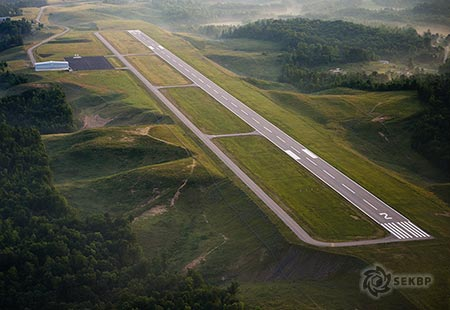 sekbp_williamsburg_airport_450.jpg