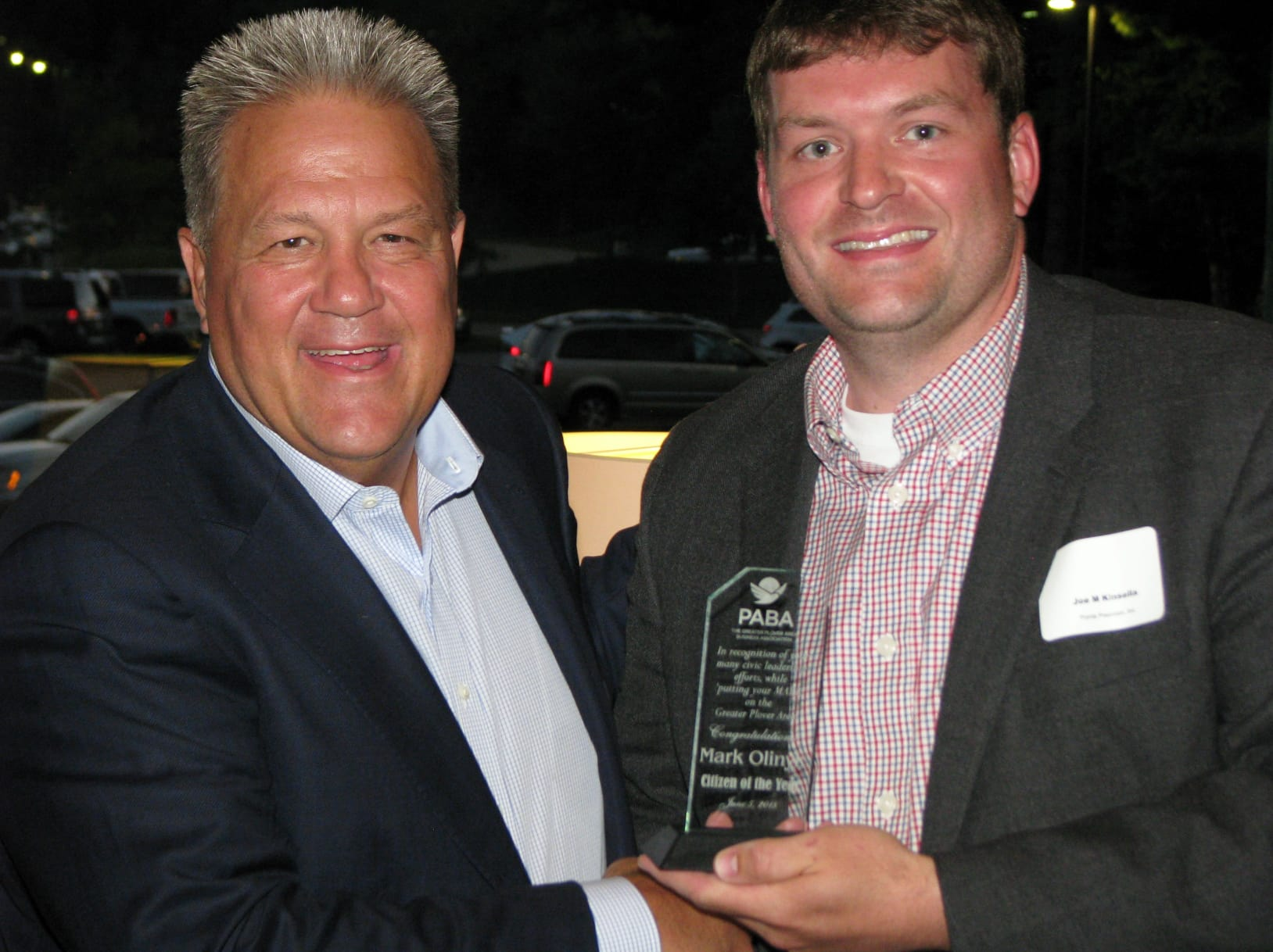 Mark-Olinyk-accepts-Citizen-of-the-Year-from-Joe-M.-Kinsella.jpg