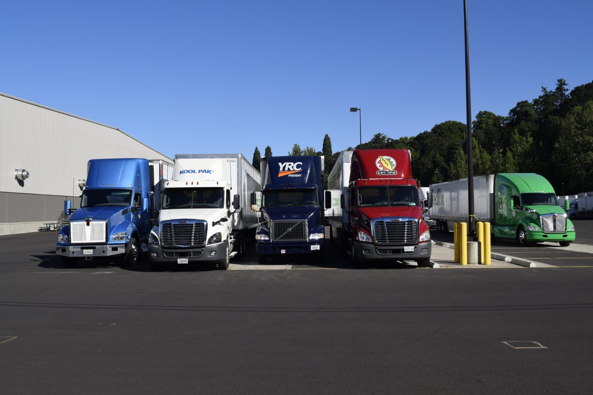 5-Trucks-TDC-2017-w1920.jpg